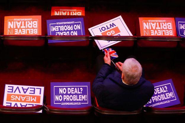 """Lors d'un meeting de l'organisation pro-Brexit """"Leave means leave"""" (""""Partir ça veut dire partir""""), à Londres, le 17 janvier."""