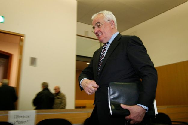 Peter Hartz en novembre 2007, lors du retentissant procès de la corruption chez Volkswagen.