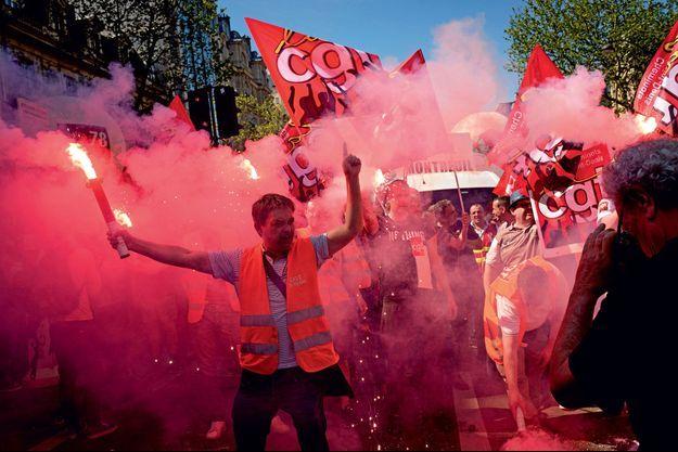 Manifestation à l'appel de la CGT contre la réforme de la SNCF, le 19 avril à Paris.