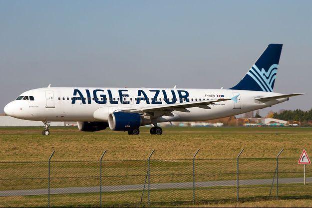 Un Airbus A320 d'Aigle Azur à l'aéroport d'Orly, en février 2018.