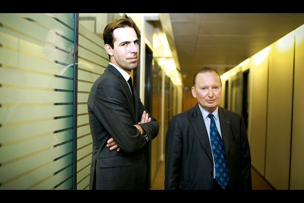 Julien Vaulpré et Raymond Soubie, respectivement ex-monsieur Sondages et ex-conseiller social de l'Elysée.