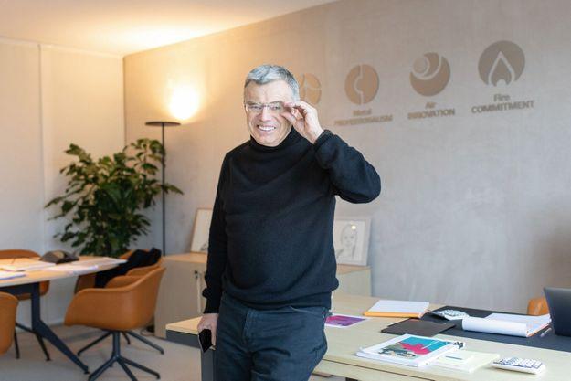 Daniel Julien, le président de Teleperformance, au siège parisien de l'entreprise.
