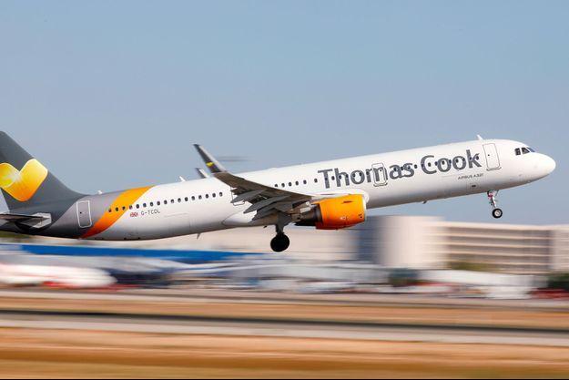 Un avion Thomas Cook.