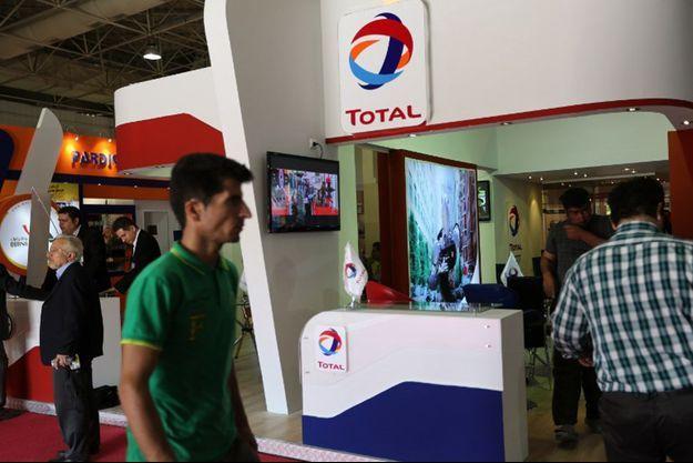 Un stand Total lors d'un congrès organisé par l'industrie pétrolière iranienne en mai 2015 à Téhéran.