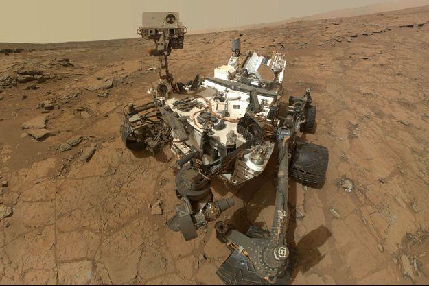 """Un """"selfie"""" de Curiosity"""