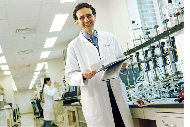 Anthony Atala dans son laboratoire.