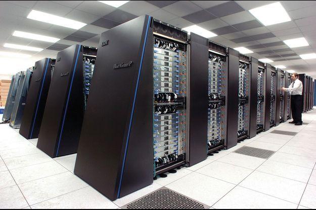 Le super ordinateur Blue Gene/ P au Laboratoire National d'Argonne, aux Etats-Unis, décembre 2007