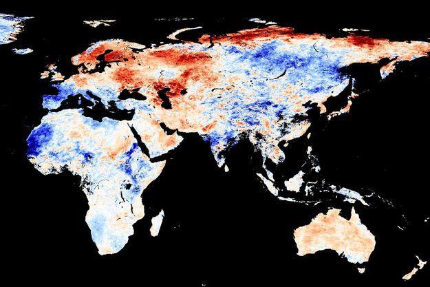 Du 9 au 16 juin 2020 : en rouge, les lieux où la température a dépassé la moyenne observée entre 2001 et 2010, en bleu, ceux où elle a été plus faible que la moyenne.