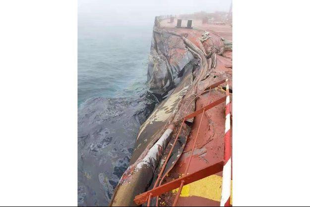 Le pétrolier «A Symphony» est entré en collision mardi matin avec le vraquier «Sea Justice».