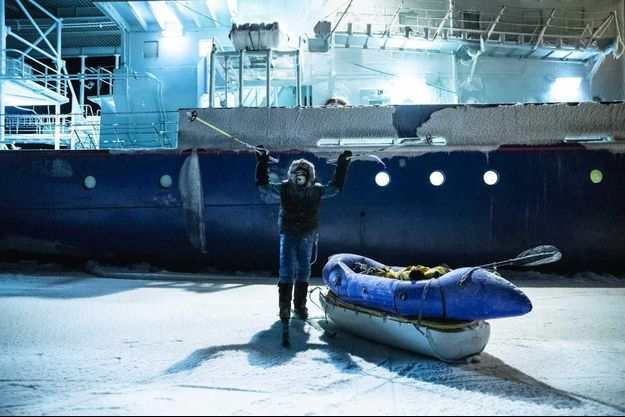 Mike Horn à la fin de son expédition en Arctique, le 8 décembre.