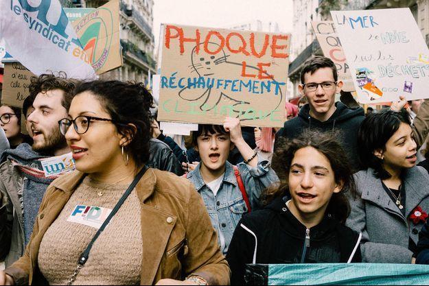Lors d'une marche des jeunes pour le climat à Paris.