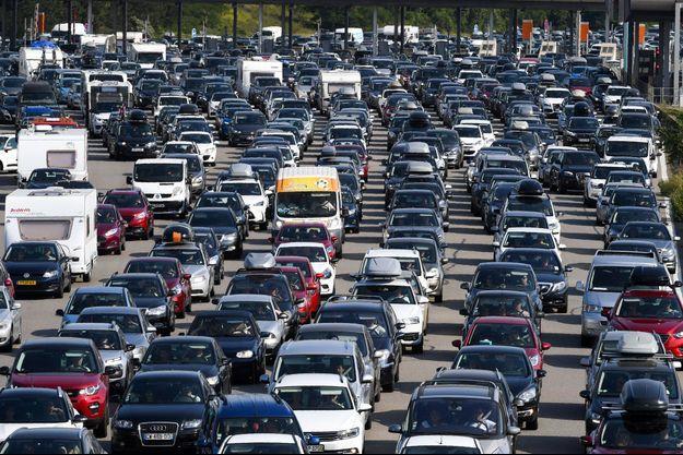Embouteillages sur l'autoroute A7, près de Vienne, en août 2018.