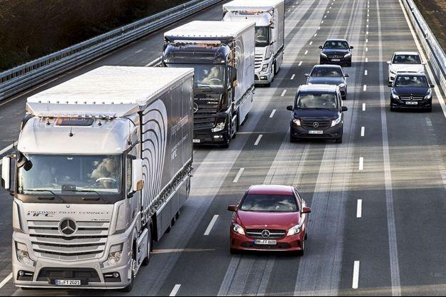Conduite automatisée : peloton de camions