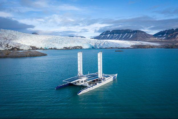 Energy Observer, catamaran du futur.