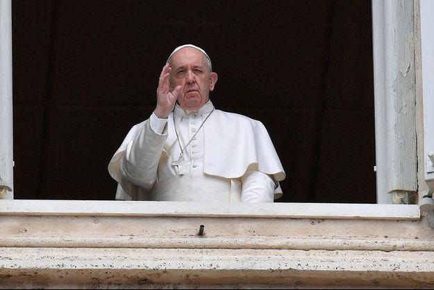 Le pape François le 13 avril 2020.