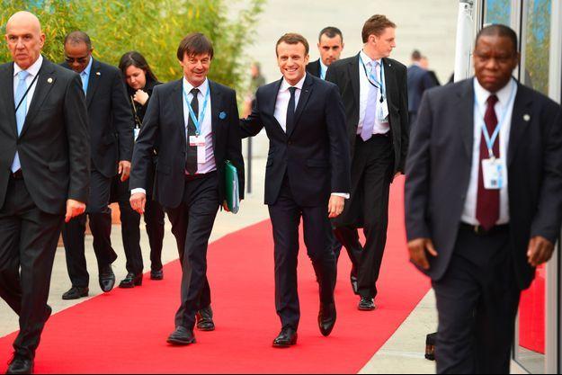 Nicolas Hulot et Emmanuel Macron à la COP23, le 15 novembre dernier à Bonn, en Allemagne.