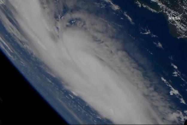 L'ouragan Dorian vu du ciel.