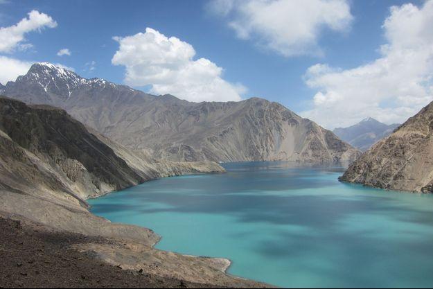 Le lac Sarez, un assassin en puissance au Tadjikistan