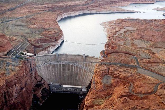 Un barrage hydraulique en Arizona