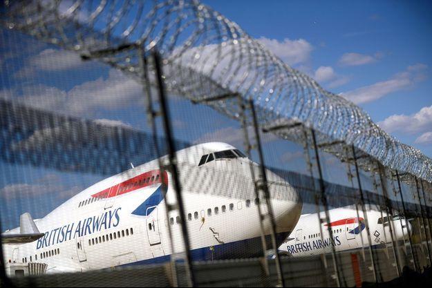 Les avions de la British Airways cloués au sol à Londres.