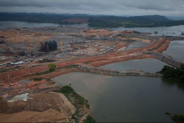 Le site du méga-barrage du Belo Monte