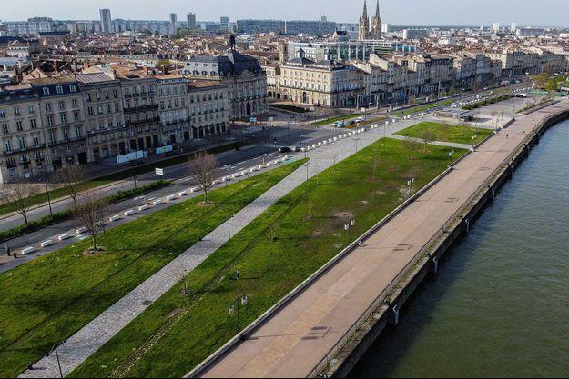 Vue aérienne de Bordeaux.