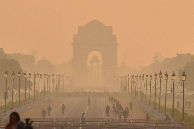 Plus de 116.000 nourrissons indiens sont morts du fait de la pollution de l'air dans le premier mois de leur vie. Ici New Delhi, mardi