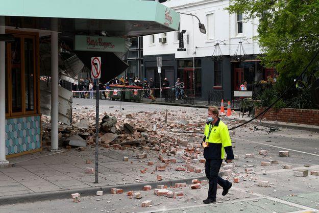 Une rue de Melbourne après le séisme.