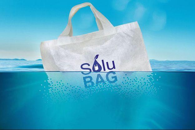 Vitesse de dégradation hors de l'eau de ce sac: 90 % en 3 mois