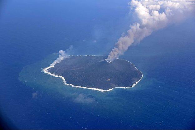 L'île de Nishinoshima.