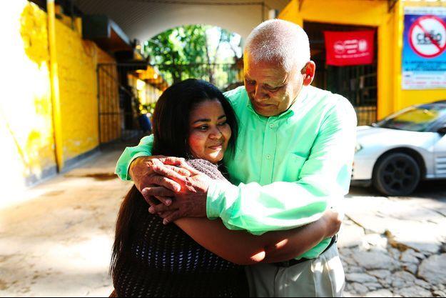 Maira Figueroa et son père.