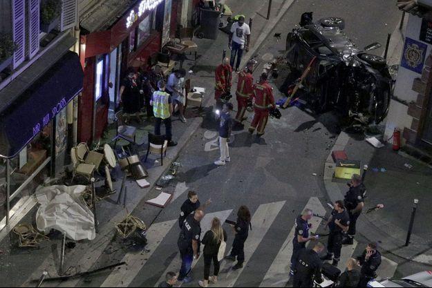 Un véhicule a percuté la terrasse d'un bar du XVIIe arrondissement.