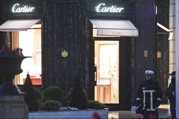 La bijouterie Cartier braquée, située place du Casino à Monaco.