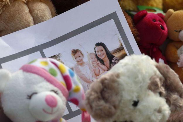 Shanann Watts et ses deux filles.