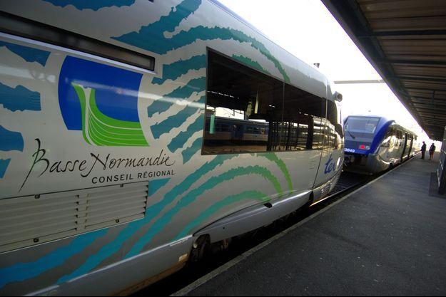 Des TER de la région Basse-Normandie, en gare de Caen (image d'illustration)