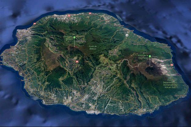 L'incendie s'est déclaré dans une maison de Saint-Benoît, dans l'est de la Réunion.