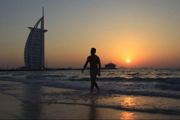 Le drame s'est déroulé sur une plage de Dubaï en 1996 (image d'illustration).