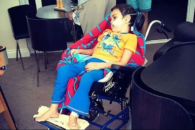 L'enfant a quitté l'hôpital contre l'avis des médecins.