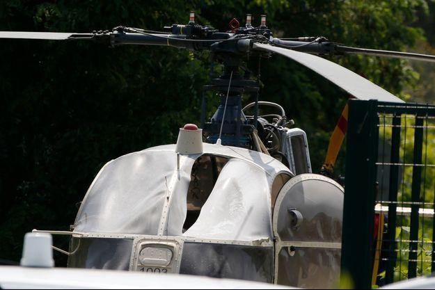 Les complices du braqueur ont pris en otage le pilote d'hélicoptère.