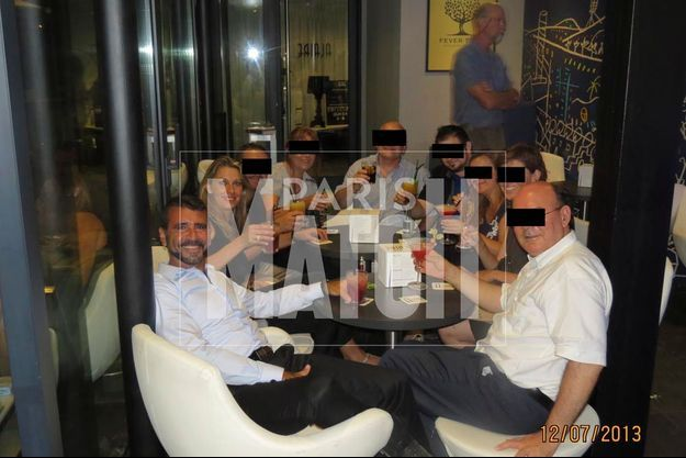 Cette petite fête entre amis a lieu deux jours avant le drame. Le 12 juillet, Francisco et Maria Teresa terminent la soirée en prenant un verre sur la terrasse du bar Alaire, qui domine la capitale catalane.