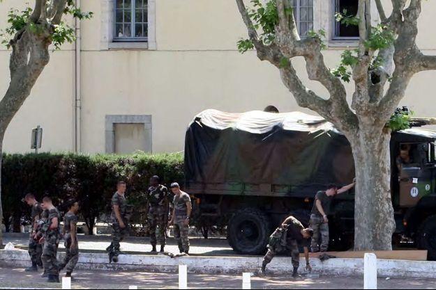 Le 29 juin 2008, 16 personnes avaient été blessées dans cette caserne de Carcassonne.