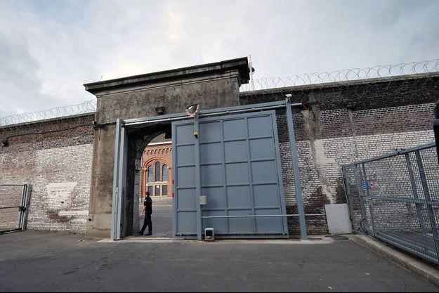 La porte d'entrée de la maison d'arrêt de Béthune (image d'illustration).