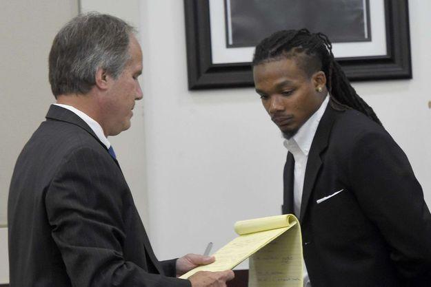 Brandon E. Banks et l'un de ses avocats.