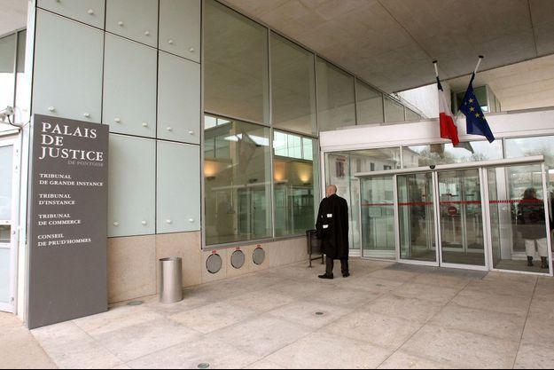 Le palais de justice de Pontoise