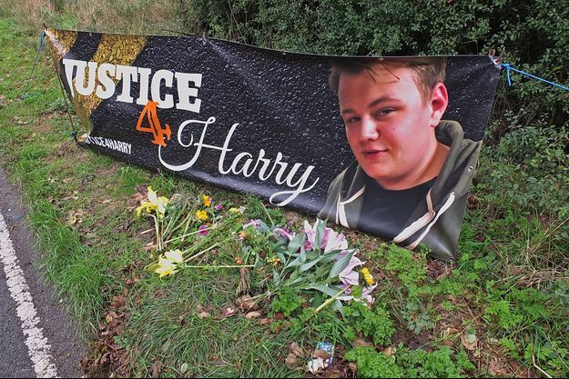 Les proches du jeune Harry Dunn réclament que justice soit faite.