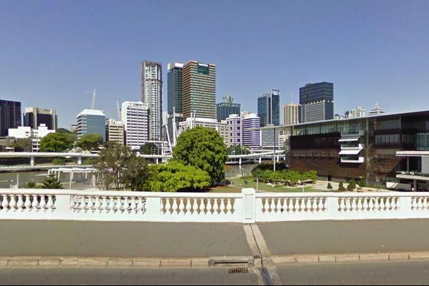 La jeune fille a été retrouvée dans un parc non loin de ce pont, à Brisbane.