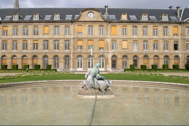 Les jardins de l'hôtel de ville de Rouen (image d'illustration)