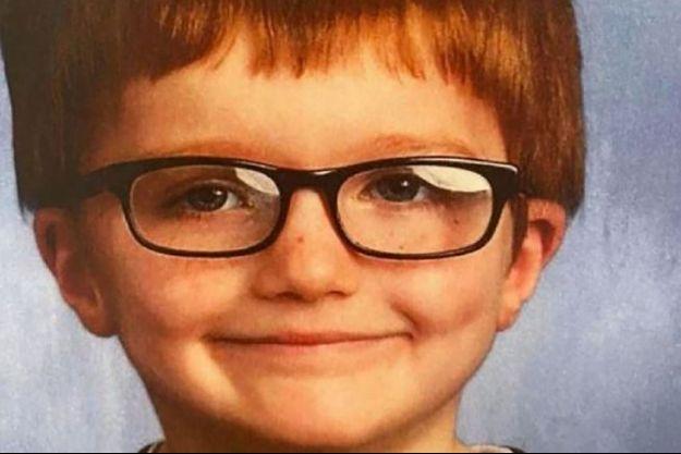 Le petit James avait 6 ans.