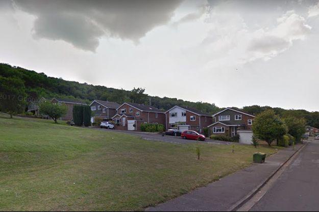 Leo vivait dans une maison de cette rue de High Wycombe en Angleterre.