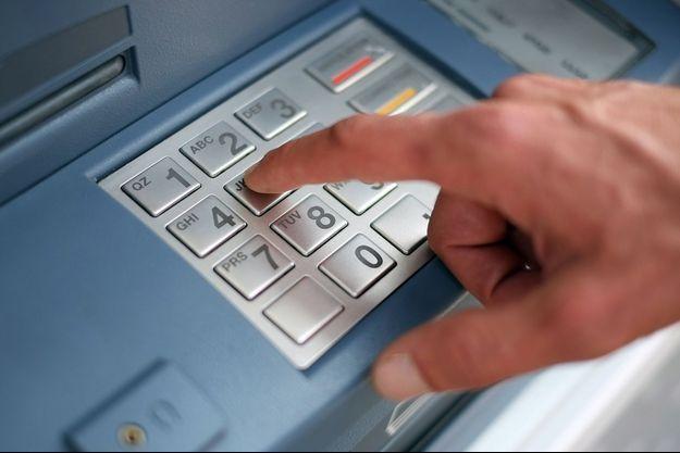 Un distributeur de billets (images d'illustration).
